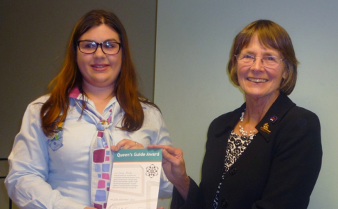 QUEEN'S GUIDE AWARD FOR IoW BELLRINGER CERISE