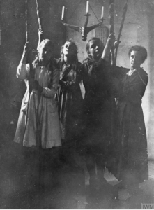 1914-1918 Girls of Longstock village in Hampshire replacing the male bell ringers who joined the armed forces